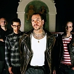 "Social Distortion: Das Musikvideo zu ""Machine Gun Blues"" ist online"